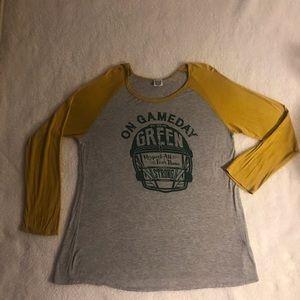 Tops - Green Bay Packers EUC long sleeved T Shirt